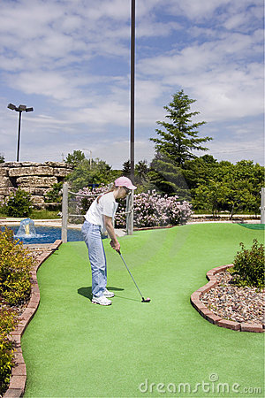 Free Long Putt On Mini Golf Course Royalty Free Stock Photography - 9167727
