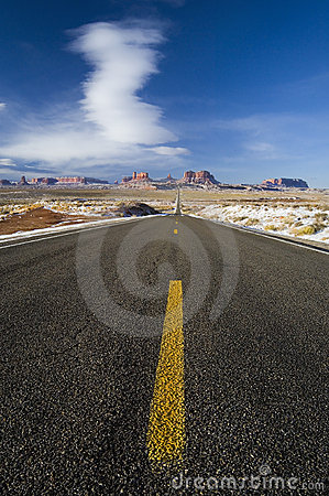 Long road leads to Monument Valley, Utah