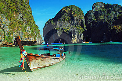 Longboat at maya bay, thailand