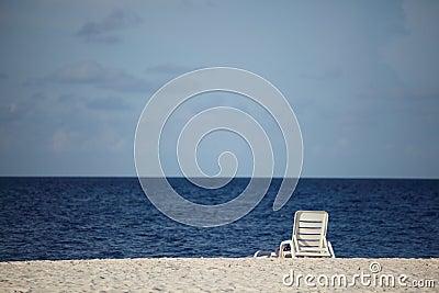 Longue on the sea