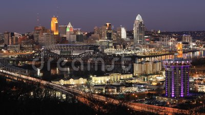 Looping day to night timelapse of Cincinnati, Ohio, United States 4K. A Looping day to night timelapse of Cincinnati, Ohio, United States 4K stock video