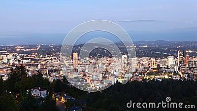 Looppas dag-tot-nacht tijdpaden van Portland, Verenigde Staten 4K stock footage