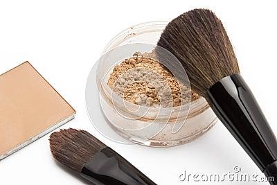 Loose powder and compact powder