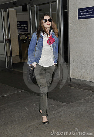 LOS ANGELES - Actress Anne Hathaway is seen at LAX Editorial Image