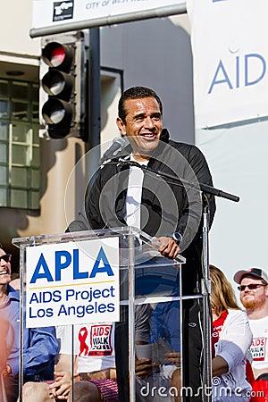 Los Angeles Mayor Anthony Villaraigosa At APLA Editorial Photography
