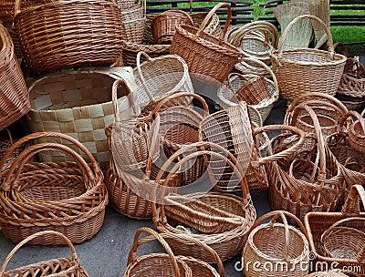 A lot of vintage weave wicker baskets
