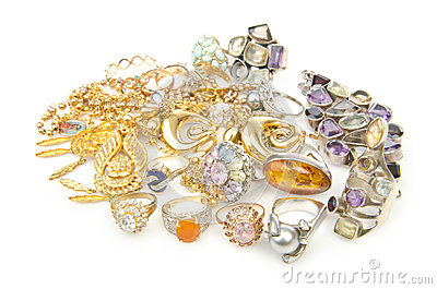 Lots of jewellery