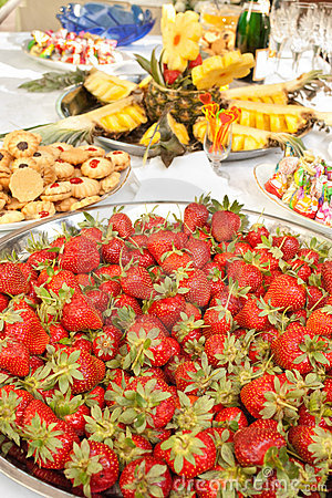 Lots of strawberries on big plate