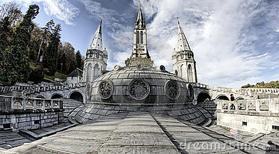 Lourdes cathedral 2