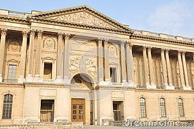 Louvre colonnade