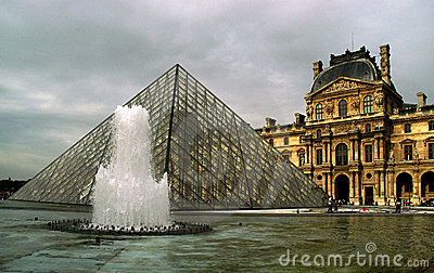 The Louvre and the Pyramid Editorial Photography