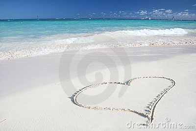 Love:Heart on Sand Beach, Tropical Ocean