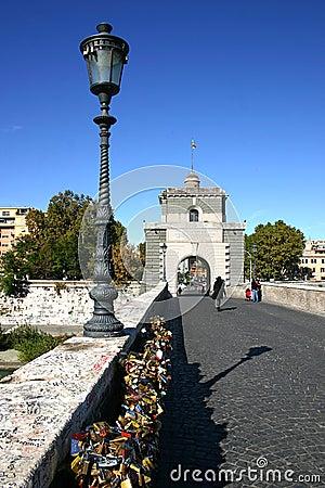 Free Love Locks In Rome Stock Photos - 16721223