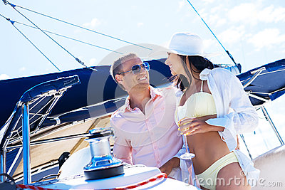 Obtaining the Right Gal to Date Over the internet - True to life Sugar Online dating Tips 1