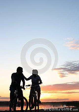 Free Loving Couple Royalty Free Stock Photo - 24098145