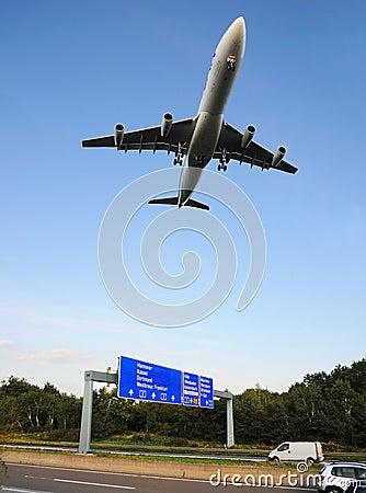 Free Low-altitude Flight Stock Photos - 16157293