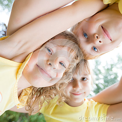 Free Low Angle View Portrait Of Happy Children Royalty Free Stock Photography - 37858917