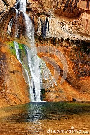 Free Lower Calf Creek Falls, Escalante National Monument, Utah Stock Photos - 117977743
