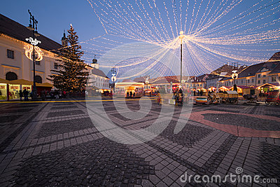 Luces de la Navidad en la ciudad
