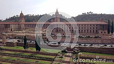 Luchtfoto van de gebouwen van de Unie, Pretoria, Zuid-Afrika stock videobeelden