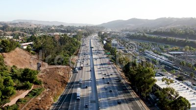 Luchtfoto van de snelweg San Diego stock videobeelden