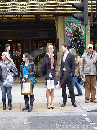 Ludzie w Oksfordzkiej Ulicie, Londyn Zdjęcie Editorial
