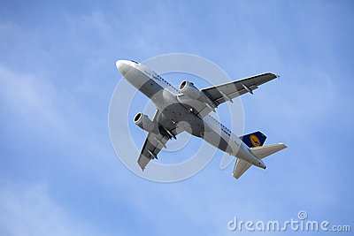 Lufthansa Airbus A319-100 Immagine Stock Editoriale