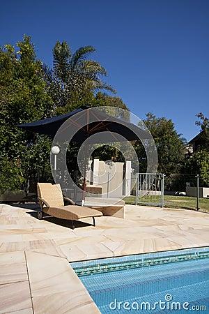 Luksusowy plenerowy basen