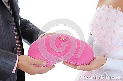 Luna de miel de los anillos de bodas