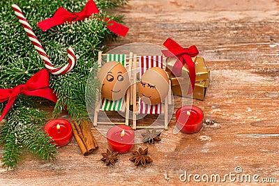 lustige eier weihnachten mandarine geschenk und kerzen stockfoto bild 48060035. Black Bedroom Furniture Sets. Home Design Ideas