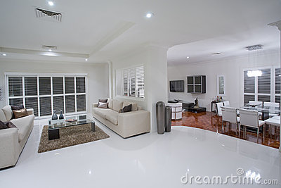 Luxurious living rooms with dining table in the ba