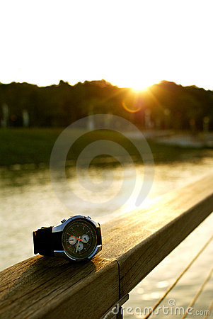 Free Luxurious Watch Royalty Free Stock Images - 8201539