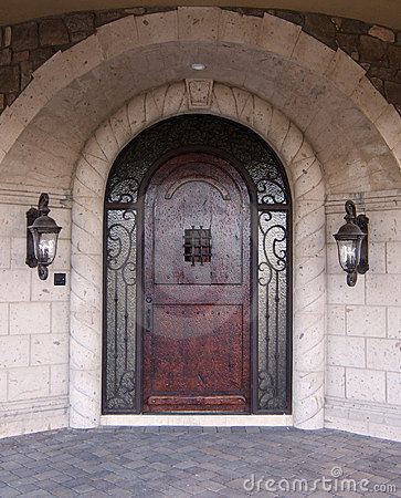 Free Luxury Arched Doorway Entrance W Stock Images - 8169174