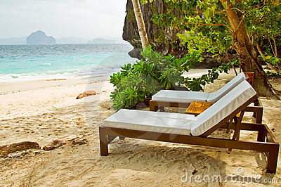 Luxury Beach Beds