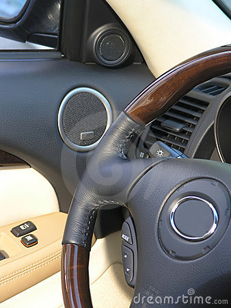 Luxury car convertible steering wheel
