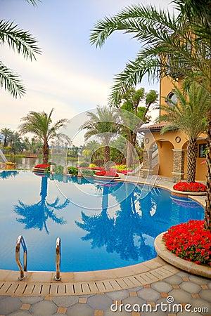 Free Luxury Courtyard Royalty Free Stock Photos - 13268938