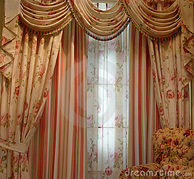 Free Luxury Curtain Stock Image - 1628831