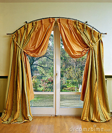 Free Luxury Curtain Stock Photos - 6571683