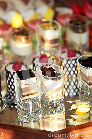 Free Luxury Desserts Reflected In A Mirror Stock Photos - 25092523