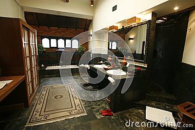 Luxury ensuite bathroom royalty free stock photos image for Luxury en suite bathroom designs