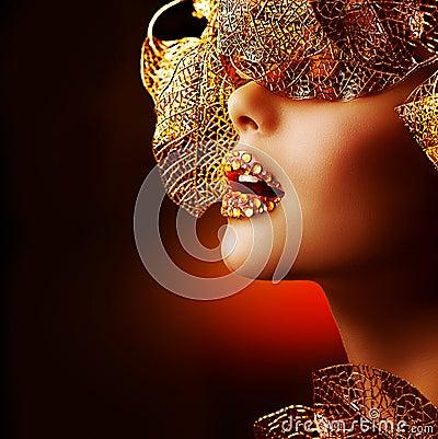 Free Luxury Golden Makeup Royalty Free Stock Image - 27610086