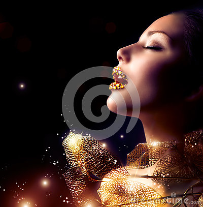 Free Luxury Golden Makeup Royalty Free Stock Photo - 29256765