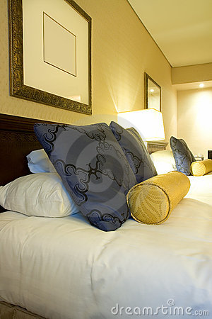 Luxury Hotel Room bedding and pillows