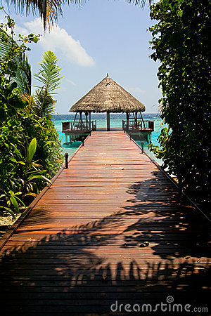 Free Luxury Island Resort Royalty Free Stock Photos - 4011308