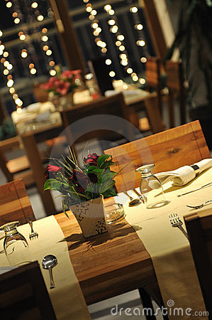 Free Luxury Modern Indoor Restaurant Royalty Free Stock Image - 7681816