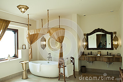 Luxury oriental hotel bathroom