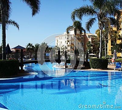 Free Luxury Villa Pool Stock Photo - 4427090