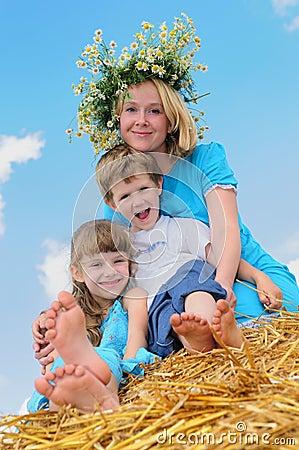 Lycklig barnuppfostran för barndom
