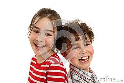 Lyckligt le för ungar