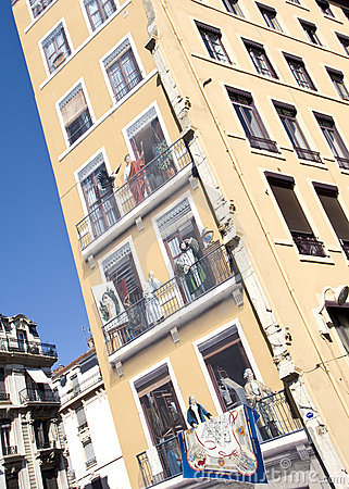 Lyon painted house
